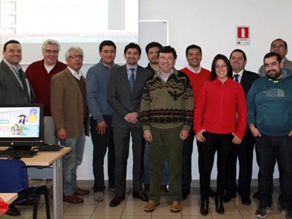 Sistema integrado de comercio exterior realiz un taller for Docente comercio exterior